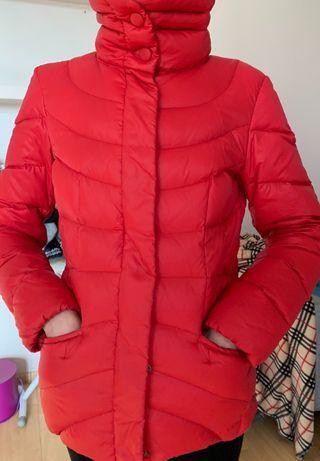 пуховик красный Италия Sandra Ferrone размерS подарок брюки guess