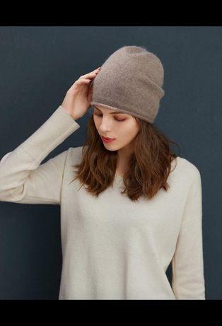 Теплая шапка бинни