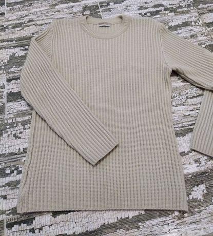 Качественный свитер IROR Exclusive