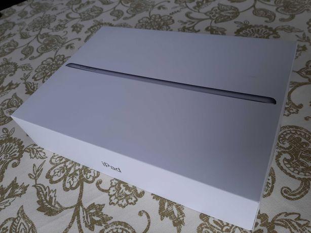 Apple iPad A1822 kolor Space Grey, komplet, stan idealny