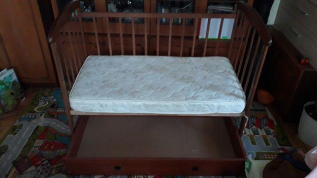 Ліжко дитяче з матрацом