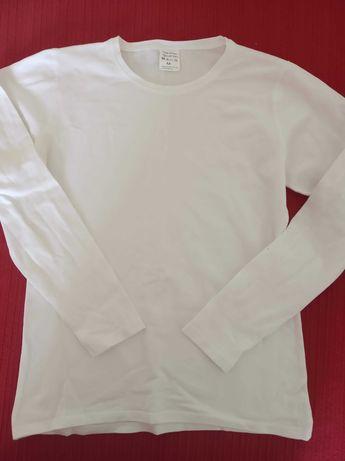 Camisolas interiores brancas