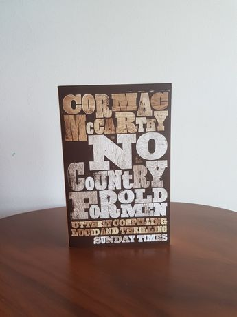 No country for old men- Cormac McCarthy livro em ingles