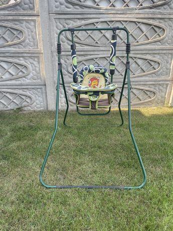 Huśtawka ogrodowa dla dziecka.