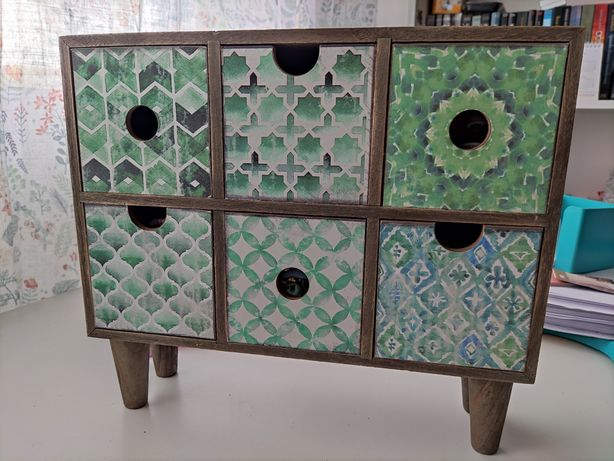 Caixa para arrumação e decoração
