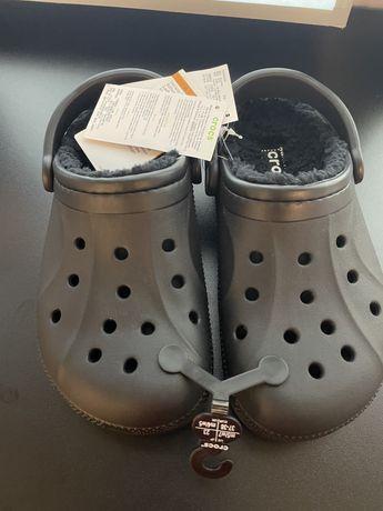 Новые Crocs , утепленные (37-38 размера)