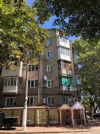 В продаже 2к квартира в центре города. Сталинка. KOV