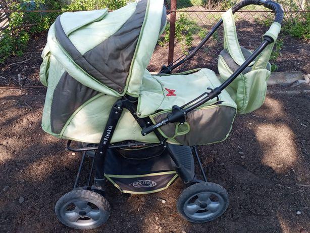 Продам коляску 2 в цвет коляски намного ярче