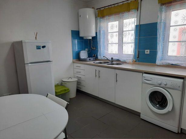 Apartamento T0 para alugar em Peniche