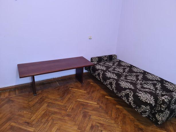 Здається 3 кімнатна квартира