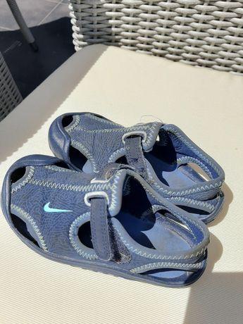 Sandały Nike 25