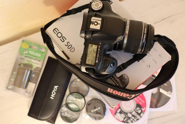 Зеркальный фотоаппарат Canon EOS 50 D