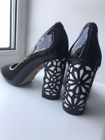 Туфли женские кожаные на каблуке Nina р.7,5