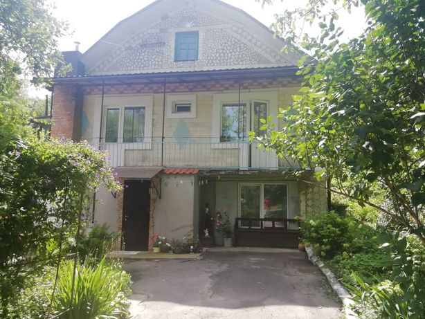 Продаж будинку  в Рівненській області