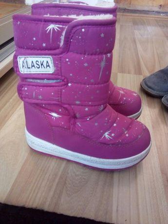 Зимове взуття для дівчинки, сапожки
