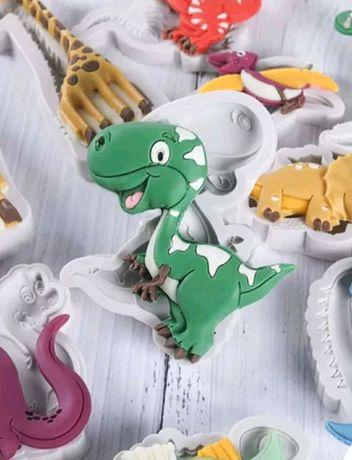Forma silikonowa 4 szt dinozaury Nowe