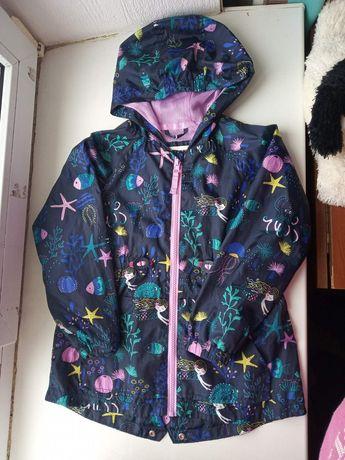 Стильная куртка. Пиджак. Ветровка
