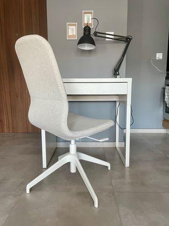 Krzesło i biurko do pracy/nauki w domu