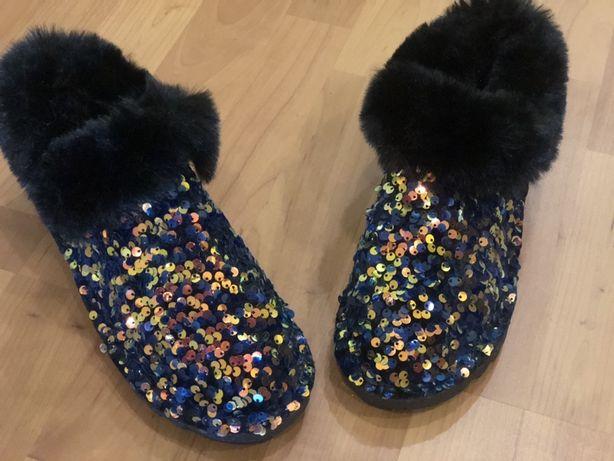 Продам. Обувь. Размер 35..36..
