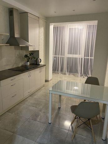 Люкс апартаменты почасово от 450 грн.РАЙОН АВТОВОКЗАЛА,в ЖК Арена.