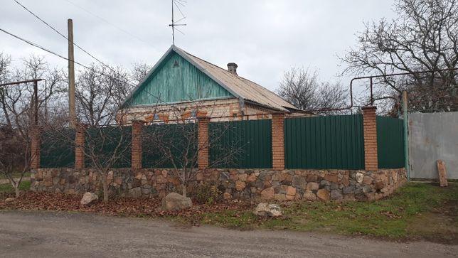 Продам будинок Лозуватка біля річки недалеко від траси