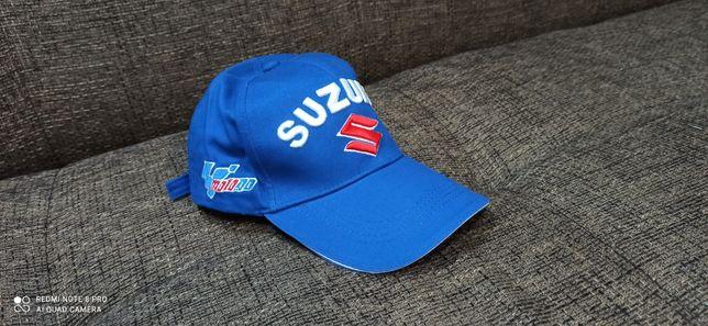 Czapka  z daszkiem logo samochodowe Suzuki