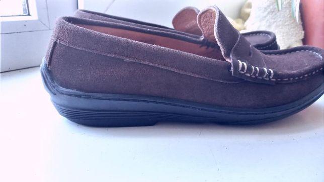 Стильные замшевые туфли мокасины