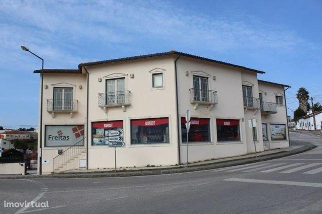 Apartamento T3, Lourical