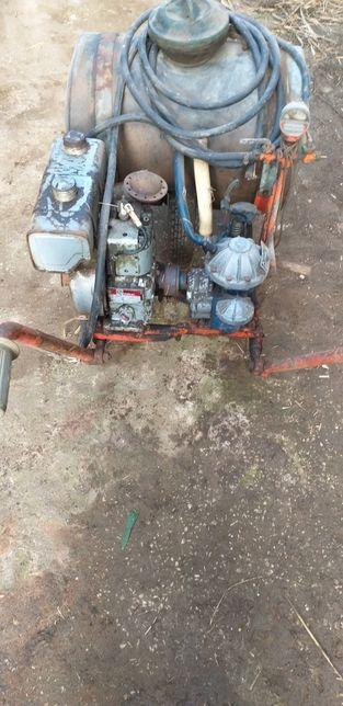 Moto pulverizador rocha em latao bernard