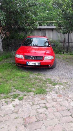 Audi a4 b5. Ауді а4 б5.