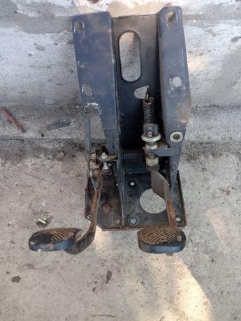 блок педалів ВАЗ-2101-07