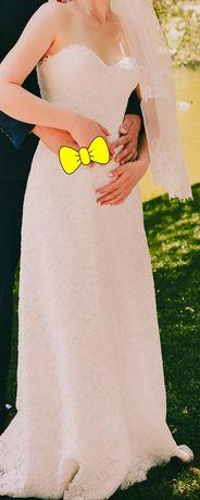 Продам шикарное кружевное свадебное платье