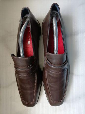 Sapatos de homem Helvetica
