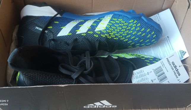 Buty piłkarskie Adidas r. 40 2/3