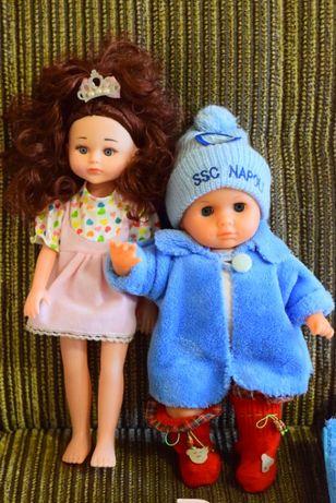 """Кукла - пупс с коляской и с """"гардеробом""""."""