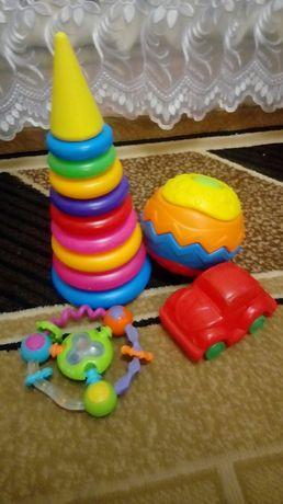 Пакет игрушек  для самых  маленьких