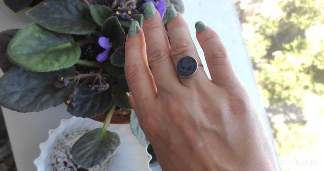 Продам кольцо и кулон серебро