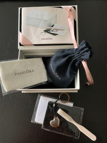 Caixa Pandora para cuidar das joias