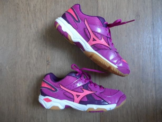 Кроссовки Mizuno Wave Twister 4., оригинал, 34.5 р-р., 22,5см.