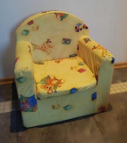 Fotelik, krzesełko dla dziecka.