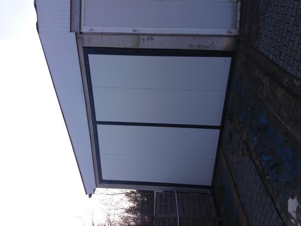 Drzwi garazowe / autobus.TIR/