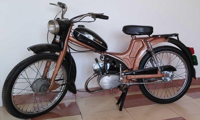 Motorower Komar 3