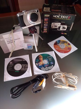 Máquina fotográfica Mustek 5500