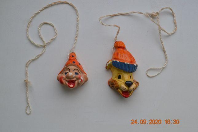 "Гипсовые игрушки ёлку ""Голова (Маска) Собаки"" и ""Голова Гнома (Клоун)"""