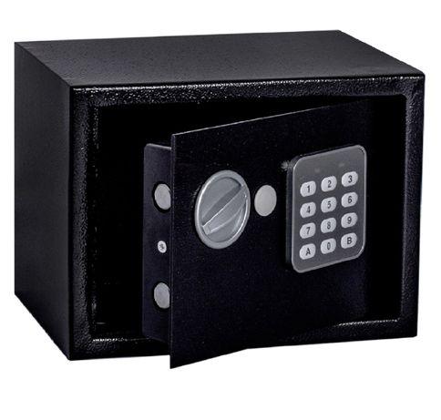 Новые. Качественный сейф 23х17х17см. электронный замок. В наличии.