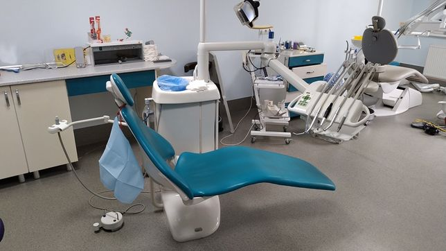 Стоматологічна Установка Planmeca Compact