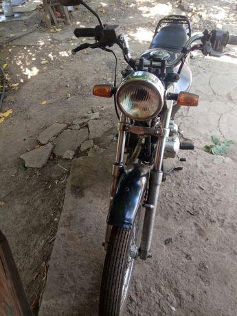 Продам мотоцикл Лифан все подробности по телефону или в личку