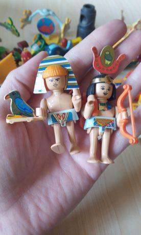 Продам игрушки Киндеры 55 штук.