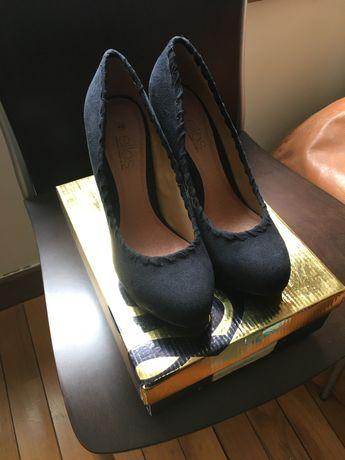 Sapato tacão