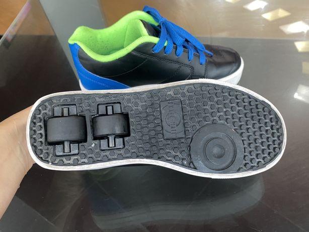 Роликовые кроссовки